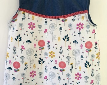 Girl floral sleeveless blouse