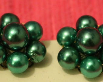 Cluster Pearl Clip on Earrings