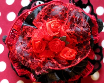 "Shabby Chic ""ANDALUSIAN"" black and Red brooch"