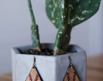 Team Mom Baseball Teardrop Earrings | Leather Earrings | Birthday Gift | Sports | Gifts under 25 | Handmade | Gifts for Her