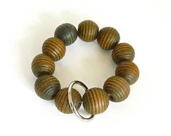 Keychain Bracelet, Bracelet Keychain, Beaded Key Wristlet, Handsfree Keychain, Bracelet for Keys, Keychain Jewelry, Wood bead keychain