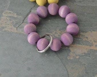 Keychain Bracelet, Bracelet Keychain, Beaded Key Wristlet, Bracelet for Keys, Keychain Jewelry, Dyed Wood bead keychain, Violet, Purple
