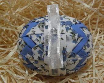 Blue with flowers easteregg ornament