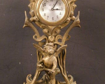 LG 19th c Victorian Art Nouveau Bronze Spelter Ormolu Cherub Figure Statue Clock
