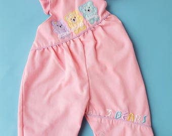 Vintage baby girl pink white 1980s overall romper ruffles bears size 0-3 months