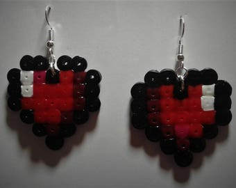 Pixel heart earings Live