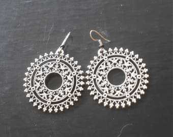 Tribal metalik silver earings,Traditional tribal earings,Ethnic jewelry,gift for Valentine day,Bohomian earings,Gipsy earings,Trendy jewelry