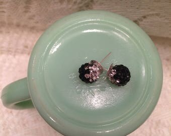 black and sliver earrings