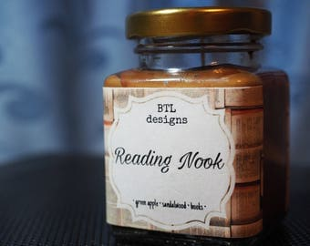 Reading Nook scented candle || bookish candle