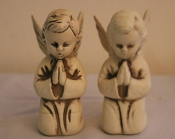 Boy and Girl Angels Kneeling and Praying Porcelain Angels -- Willow Tree, Made in Japan