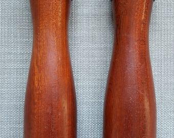 Retro 70s wood salt pepper set | vintage salt shaker | retro pepper grinder | mid century wooden salt and pepper