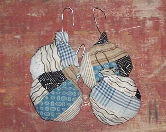 4 Rustic Christmas Ornaments, Boho Holiday Decor, Farmhouse Christmas, Antique Quilt Farmhouse Decor, Black White Blue Brown - READY TO SHIP