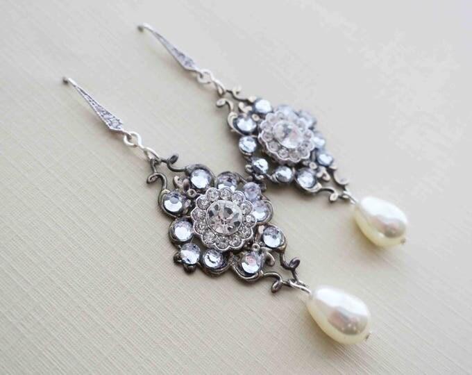 Vintage pearl crystal earrings