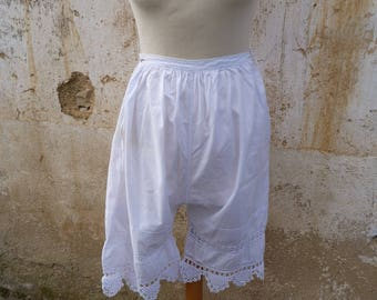 Vintage Antique 1900s Edwardian French bloomers white cotton handmade crochet lace panties size S