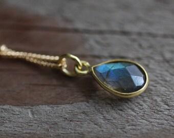 Grey Teardrop Rainbow Gemstone Necklace. Labradorite Gold Necklace. Rainbow, Blue Green. Minimalist. Simple. Handmade on Maui