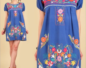 ViNtAgE 70's Mexican Embroidered MiNi Dress // Tunic Floral Cotton // Artisan Made Handmade // Summer HiPPiE Flowers //