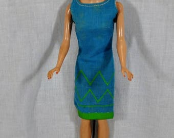 Vintage Midge Blonde Straight Leg with Barbie Junior Designer Dress with Woven Tag  - Wire Stand