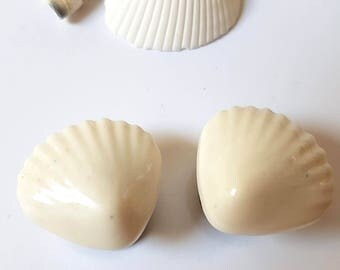 """9/16"""" 14mm Cream Seashell Plugs for Stretched Ears-Beach Bridal-Mermaid Bride-Fashion Gauges-Girly Body Jewelry-Wedding Plugs-Gifts for Her"""