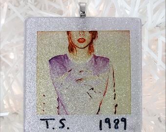 Taylor Swift 1989 Album Cover Glass Ornament