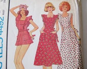 1970's Vintage Apron Dress Pattern / 1975 / McCalls 4492 / Dress in 3 lengths, Mini, Knee, Maxi / 32 1/2 Bust