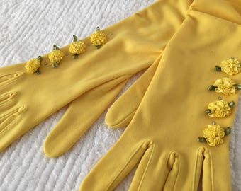 SALE - Vintage YELLOW Rhinestone Rosette Ruched Gloves - Size 7.5