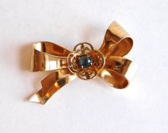 Vintage Coro Pegasus Goldtone Bow Brooch w/ Blue Rhinestone - 1940s to 1950s - Mid-Century Fashion - Signed Designer Jewelry - Retro Pin