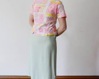 "1960s Pink and Yellow Top - L 44"" Bust"