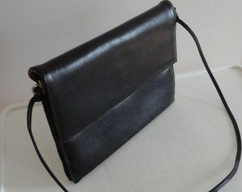 70s Black Genuine Leather Shoulder Purse Bag
