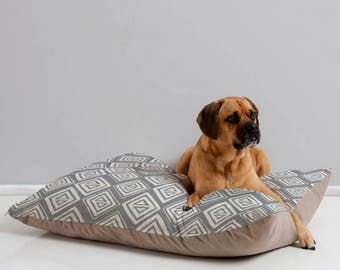Gray Geometric Dog Bed // Dog Pillow // Pet Bedding // Modern Pet Bedding // Animal Pillow // Pet Mat //Diamond In The Rough Design // Gray
