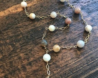 agate lariat style necklace with disc pendant
