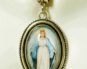 Miraculous medal pendant and chain - AP26-001