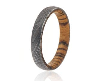 4mm Wide Damascus Steel Wedding Band Wedding Rings with a Bocote Wood Sleeve - DS-4HR-WoodGrain-BocoteSleeve