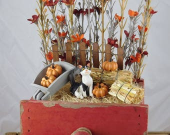 Fall Fairy Garden-Halloween Fairy Garden-Fairy Garden-Desk Top Garden-Miniature Garden-Halloween Decor-Fall Decor-Cat-Hay-Pumpkins-Rustic