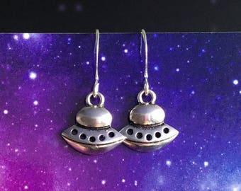 UFO earrings, cute Alien spaceship earrings