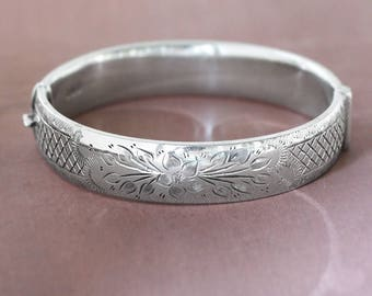 Vintage Sterling Silver Bangle, 1963 London Hallmarked Cuff Bracelet with Clasp - Latticework