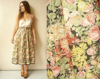 Vintage 1980's Floral Folk Pattern High Waisted Midi Skirt Size Small