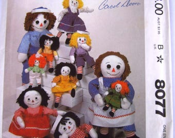 Raggedy Ann and Andy Rag Dolls in Four Sizes with Clothes Vintage 1980s McCalls Pattern 8077 UNCUT