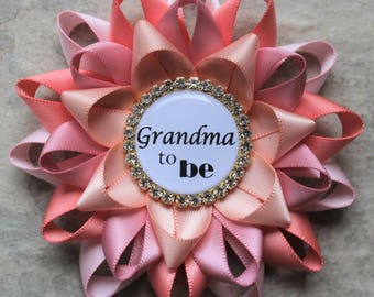Grandma to Be Pin, Personalized Baby Shower Corsage, New Grandma Gift, Aunt to Be Gift, Mommy to be, Pale Pink, Coral, Quartz, Peachy Pink