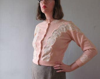 50s pink cardigan - vintage cashmere cropped pinup sweater white lace sheer appliqué cutout jumper long sleeves warm wool retro soft pastel