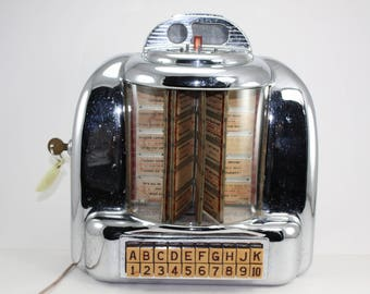 Vintage Seeburg 100 Wall O Matic Type 3W-1 Jukebox Tabletop Selector With Key Coin Op 45's Diner Jukebox Game Room Man Cave Bar Lounge Decor
