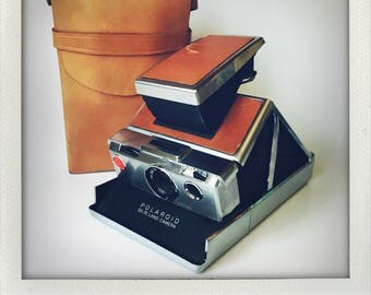 Polaroid SX-70 Land Camera With Case - GUARANTEED WORKING