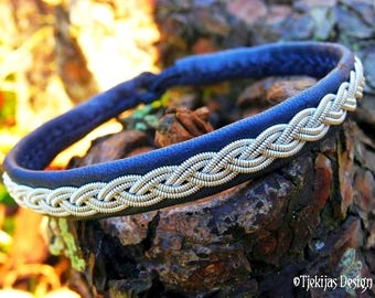 Handmade Viking Jewelry   LIDSKJALV Norse Sami Bracelet for Guys and Girls   Navy Blue Leather Cuff Bangle with Pewter Braid
