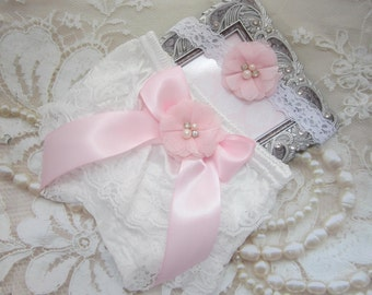 White Lace Bloomers with a Pink Satin Bow & Baby Pink Flower AND/OR Lace Headband, newborn photos, by Lil Miss Sweet Pea Boutique, foto bebe