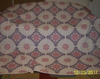 Embroidered Handquilted Ex Large Quilt