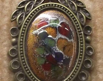 """Collection baroque"" pendant, multicolored enamel"