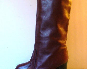 Vintage Heeled Campus  Boot Size 6 M