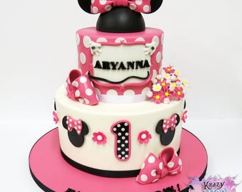 Minnie Mouse Cake Topper Set - Everything You Need To Decorate This Cake