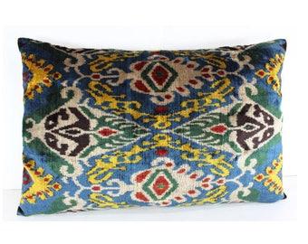 Silk Velvet Ikat Pillow Cover Lp313, Bohemian pillow, Velvet Ikat Pillow, Velvet Pillow