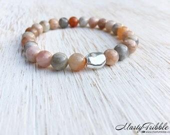 Moonstone Bracelet, Fine Silver Bracelet, Gemstone Bracelet, Earthy Bracelet, Boho Bracelet, Moonstone Jewelry, Healing Crystal Bracelet