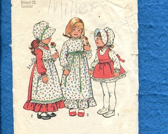 Vintage 1970's Simplicity 6635 Little Girls Holly Hobbie Dress Pinafore with Bonnet Size 2